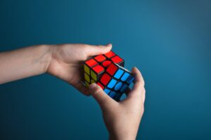 Play the rubik's cube - How to Solve a Rubik's Cube: For Beginners