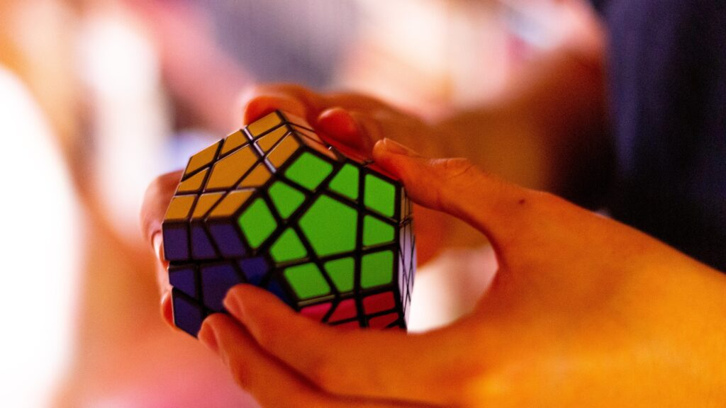solving the rubiks cube - tips and tricks